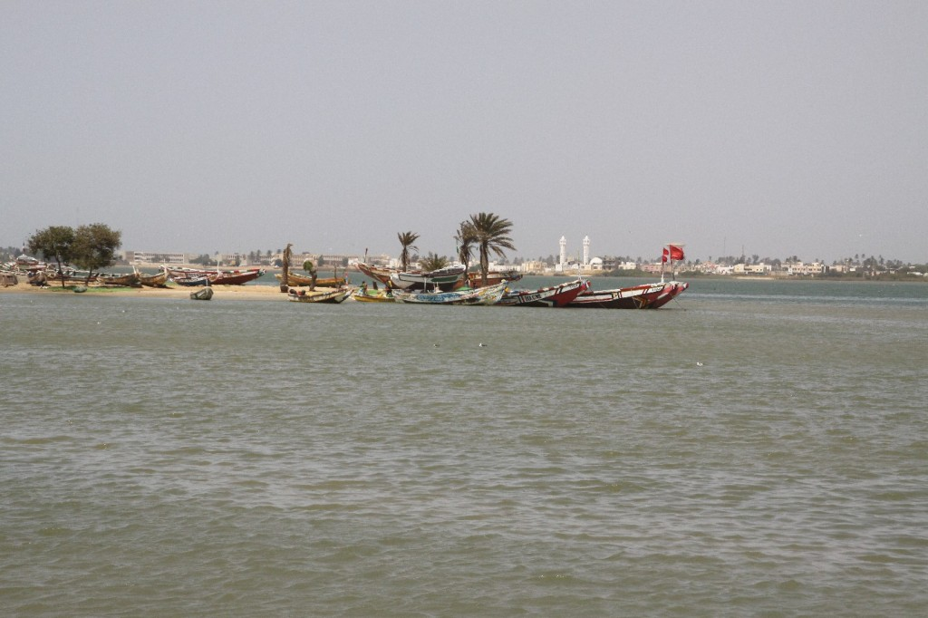Fischerboote in St. Louis, Senegal