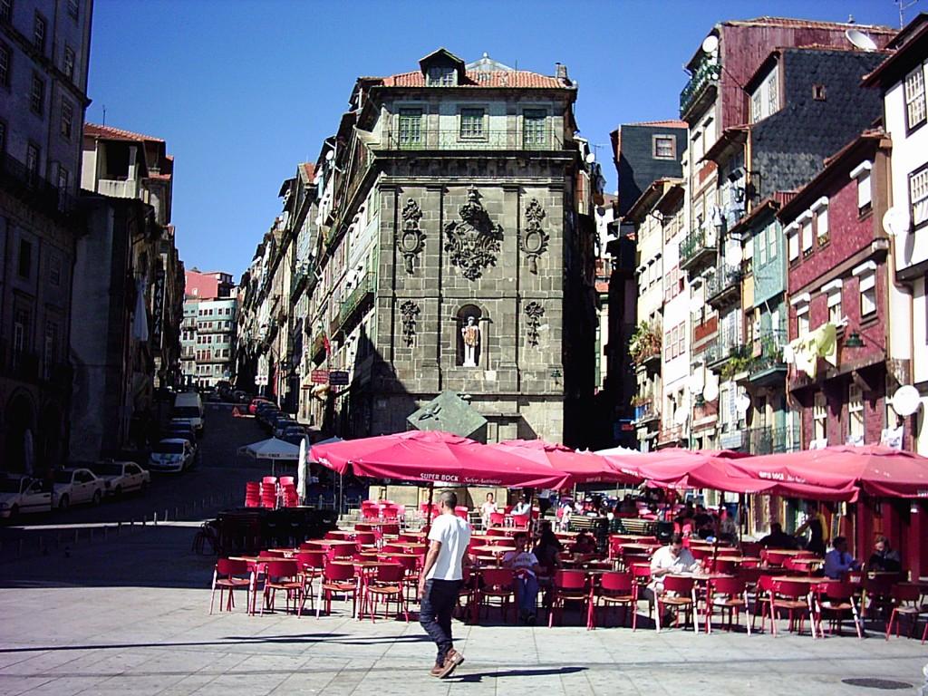 In der Altstadt von Porto, problembehaftetes UNESCO-Weltkulturerbe