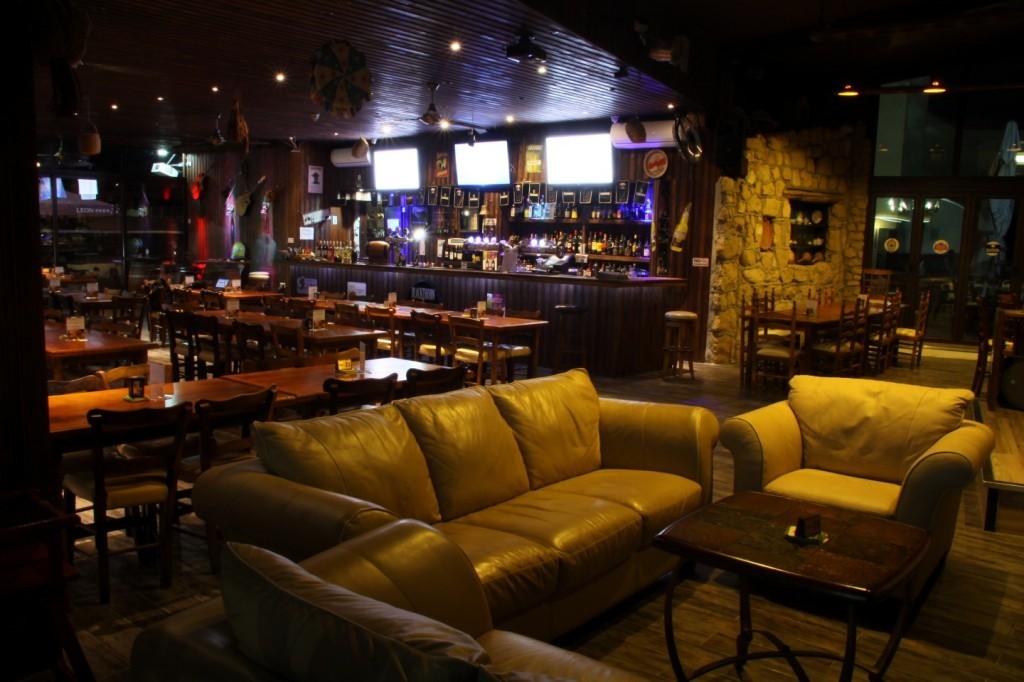 Antonis G Hotel Oroklini Larnaka Cyprus Lithos Bar