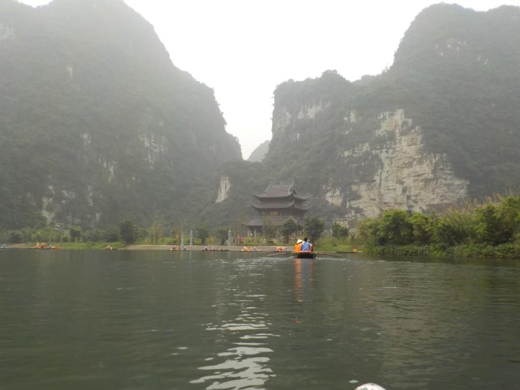 Tràng An Vietnam