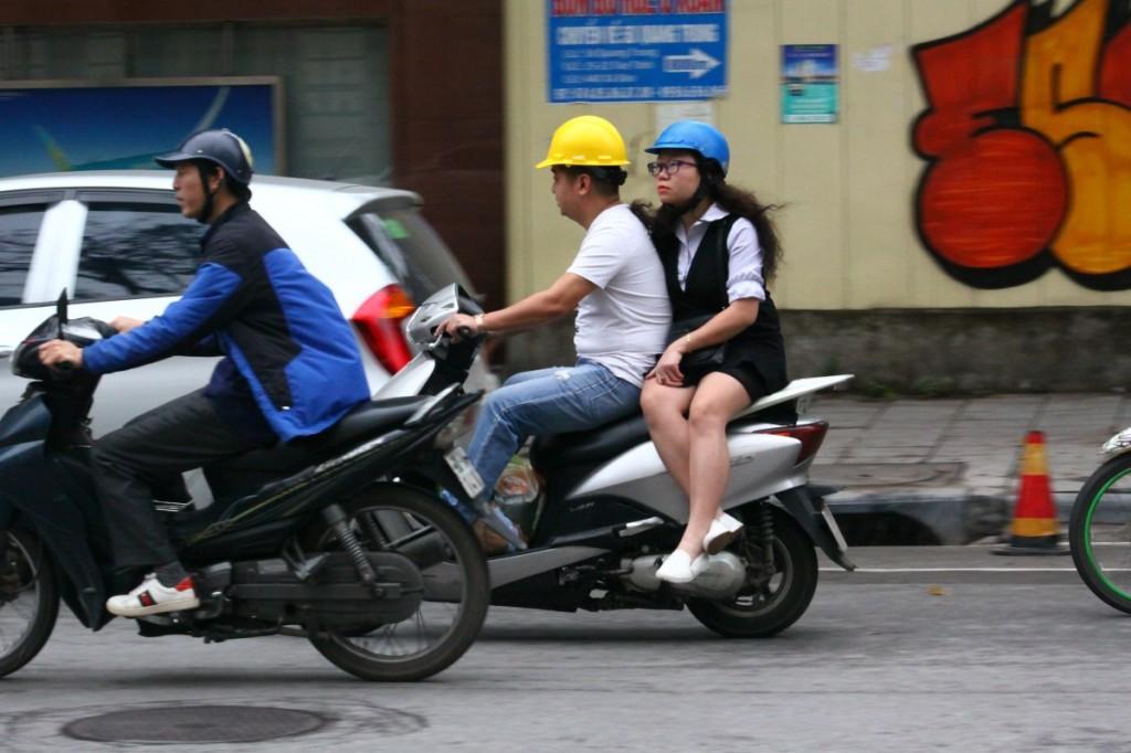 Motorrad Hanoi 2019 Damensitz