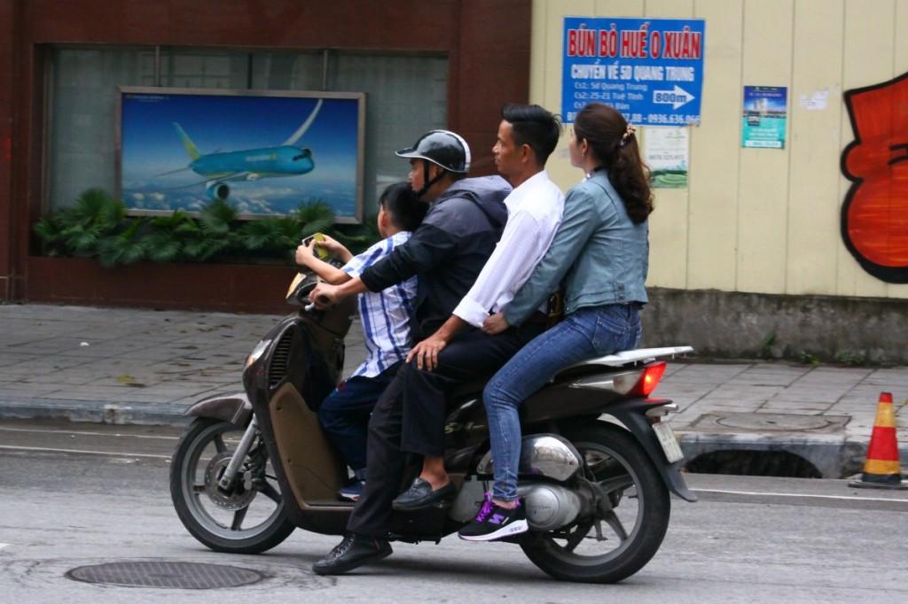 Motorrad Hanoi 2019 4 Personen