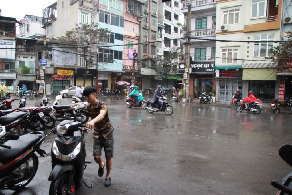 Blick aus der Bahnhofsgaststätte Hanoi Vietnam